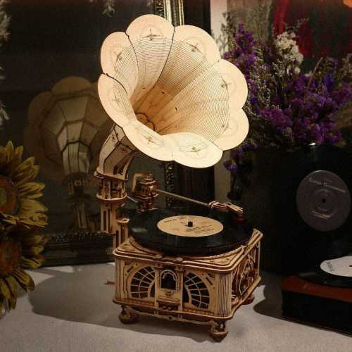 Skládací model funkčního gramofonu