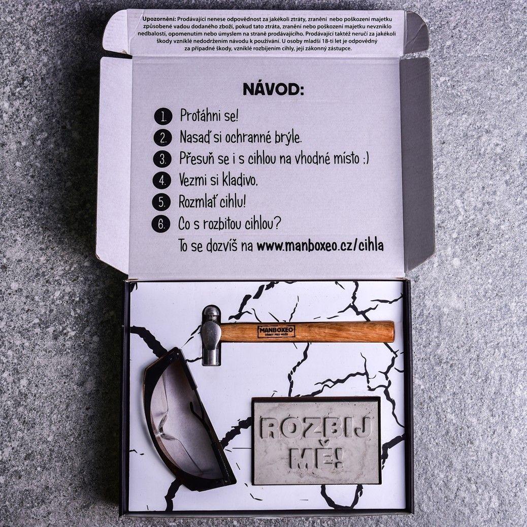 Betonové cihly s dárkovou kartou - dárky pro muže.jpg