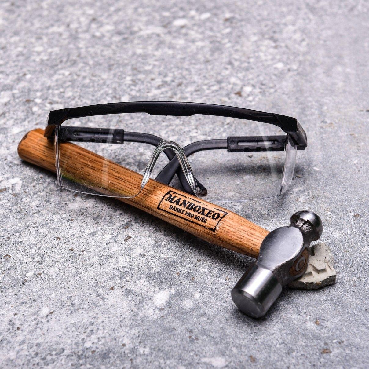 Manboxeo kladivo a ochrann brle - darek pro muze.jpg