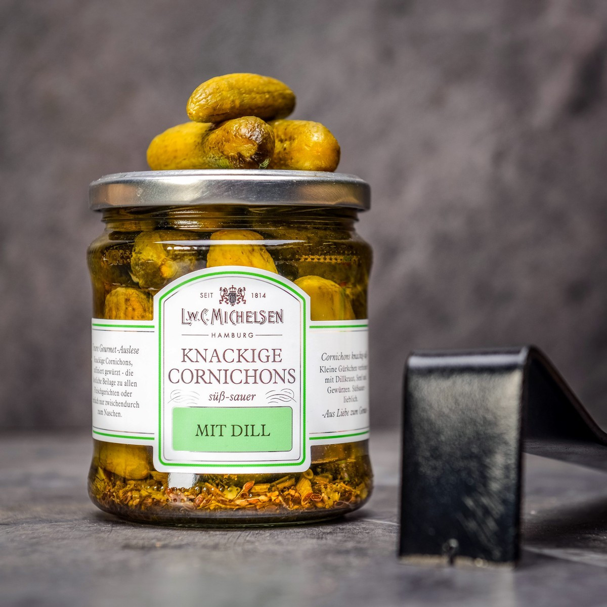 Knackige cornichons 330 g nakladane okurky.jpg