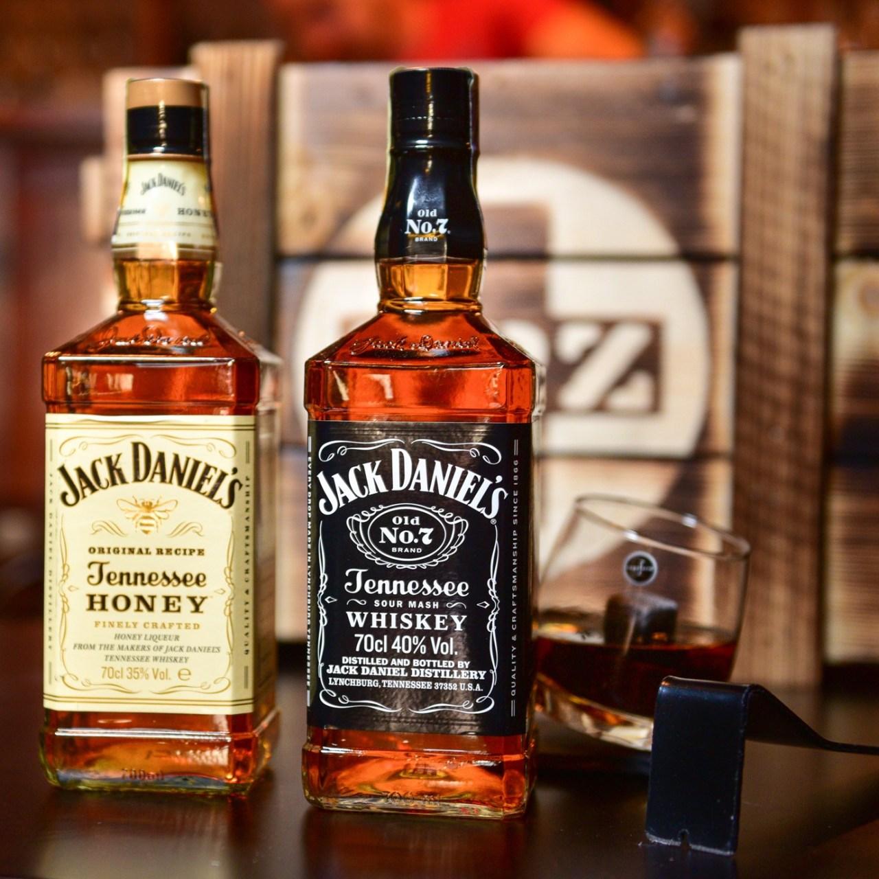 Jack Daniel's a Jack Daniel's Honey