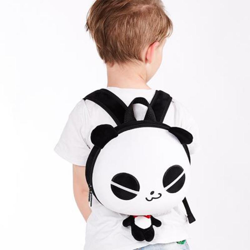 Batůžek Veselá panda v dárkové krabici