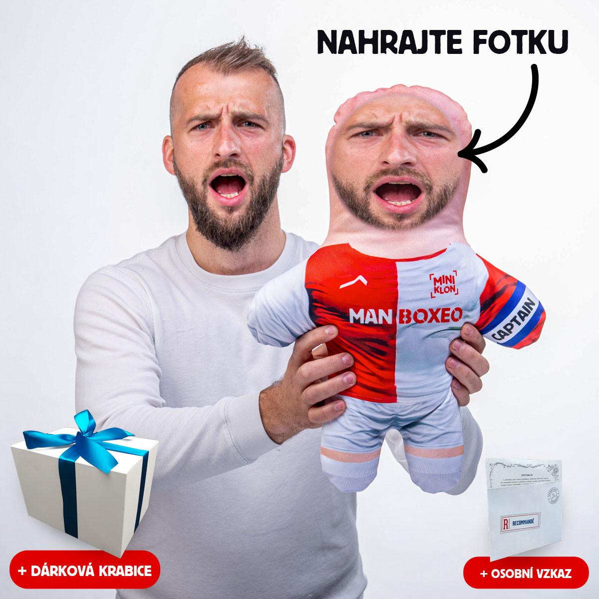 MiniKlon Červenobílý fotbalista v dárkové krabici