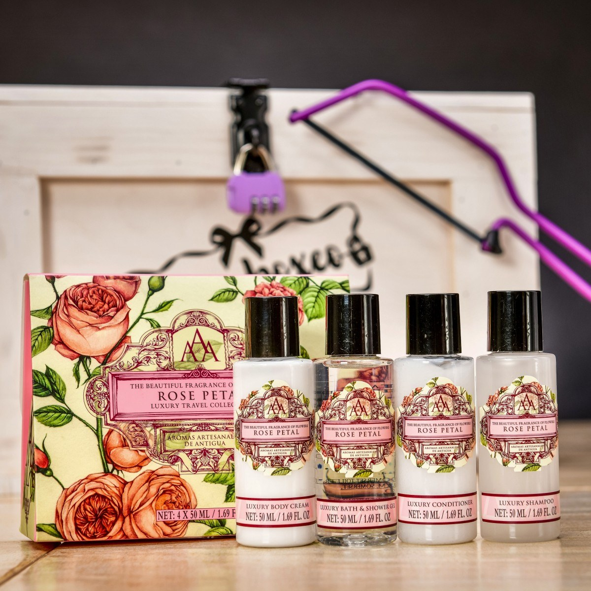 Truhla s dámskou kosmetikou MIX - divoká růže + mandlový květ