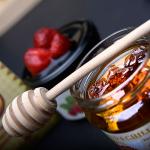 Akátový med s chilli Habanero