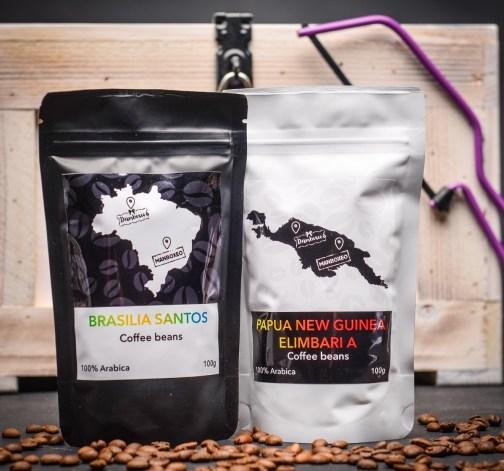 kavova zrna Papua New Guinea Elimbari A 100% Arabica 100 g Brasilia Santos 100% Arabica 100 g.JPG