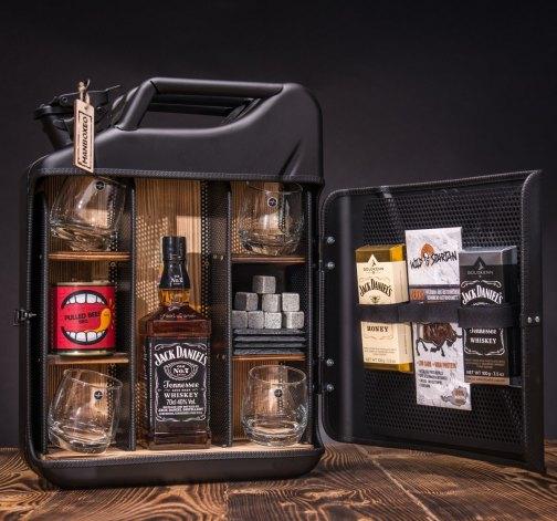 Dočasný Whisky Manboxeo Bar Mafián II.