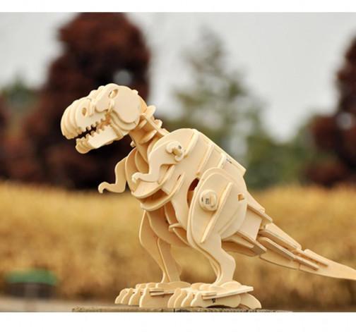 Dřevěný model tyranosaura rexe