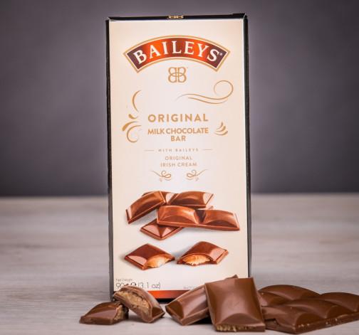 Set mléčných čokolád s likérem