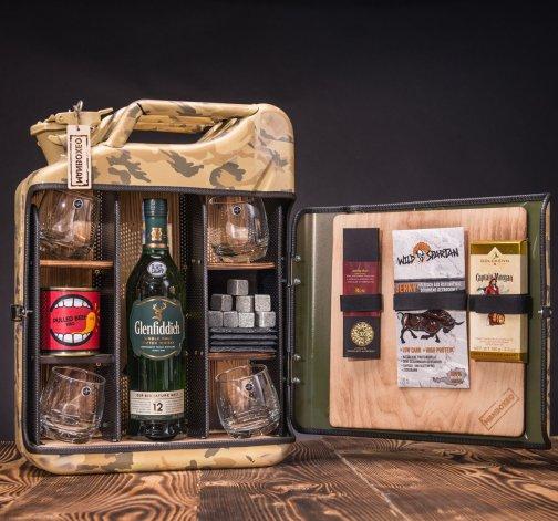 Dočasný Whisky Manboxeo Bar