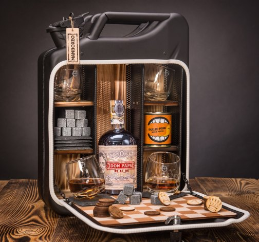 Dočasný Rum Manboxeo Bar Lékárnička – padací most