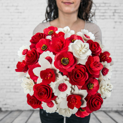 Dřevěná vonící kytice červená